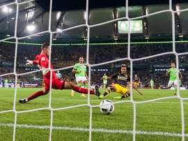 El guardameta del Wolfsburgo está en la agenda del Nápoles. AFP