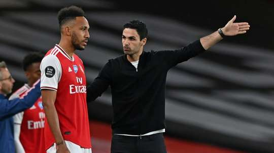 Mikel Arteta says Liverpool's standard is the one his Arsenal team must reach.