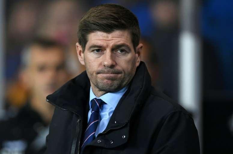 Gerrard se 'moja': no le daría el Balón de Oro a Messi. AFP