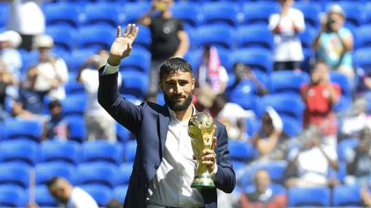 Fekir brought the trophy back to Lyon. GOAL