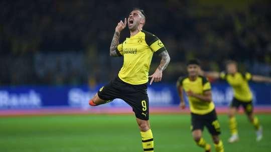 Alcácer se estrenó con el Borussia. AFP