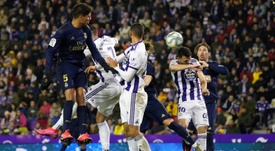 Le Real Madrid l'emporte et prend la tête de la Liga. EFE