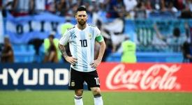 Marcelo Díaz apuesta por Messi. AFP