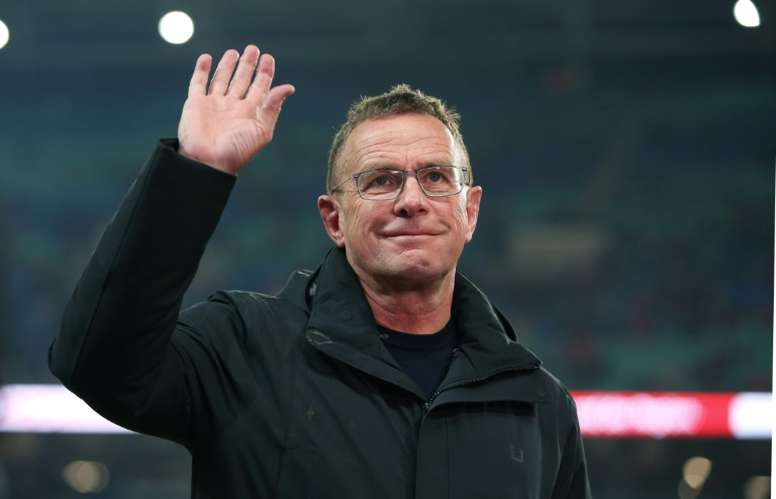 Ralf Rangnick quiere escuchar las propuestas que pueda hacerle el Manchester United. AFP
