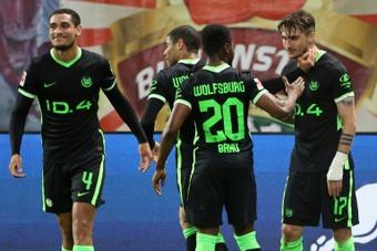 Wolfsburg se garantiu na Champions mesmo com derrota. AFP