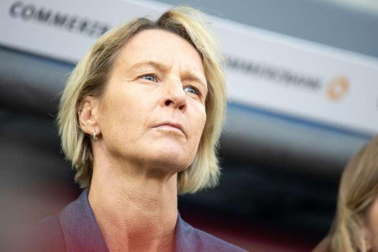 Martina Voss-Tecklenburg mostró su satisfacción tras vencer a España. AFP/Archivo