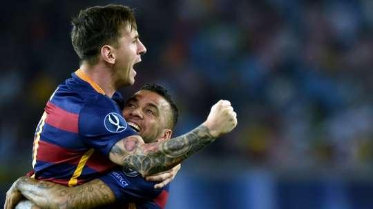 Dani Alves ne comprend pas pourquoi Messi n'a pas été candidat au trophée 'The Best'. AFP