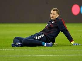 Neuer, indignado com os vazamentos sobre sua renovação. AFP