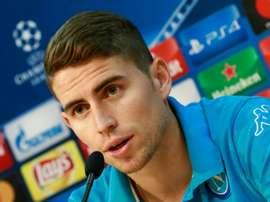 Jorginho perdeu espaço na 'Squadra Azzurra' e quer jogar pelo 'escrete'. AFP