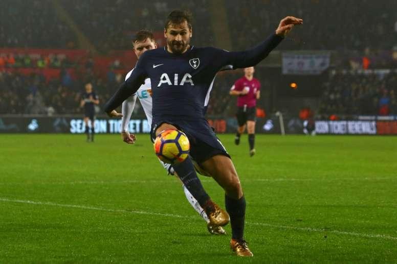 Fernando Llorente podría poner rumbo al fútbol turco. AFP/Archivo