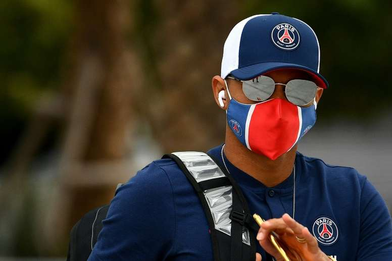 Thiago Silva could make his Chelsea debut on Wednesday. AFP