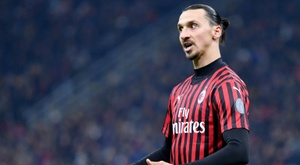 Zlatan Ibrahimovic falou sobre os rumores que apontam sua saída do Milan. AFP