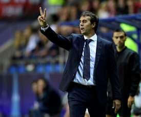 O treinador quer uma alternativa a Benzema e Bale. AFP
