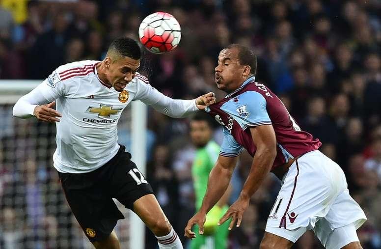 Agbonlahor, durante un partido de Premier ante el Manchester United. EFE