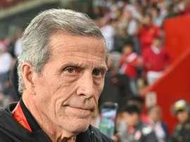 Óscar Tabárez, técnico da Seleção Uruguaia, também foi dispensado. AFP