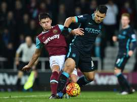 West Ham defender Aaron Cresswell has signed a one-year contract extension. BeSoccer