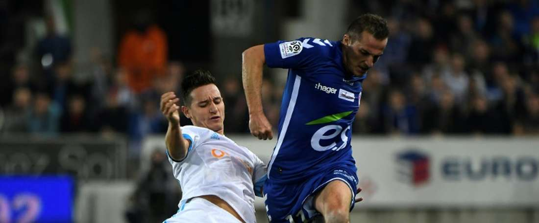 Mitroglou rescues Marseille as Mandanda sets record