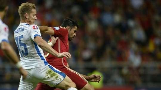 El jugador eslovaco tiene que esperar el visto bueno del club ruso. AFP