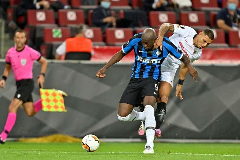 Lukaku estuvo en la lista de Koeman para el Barça. AFP/Archivo