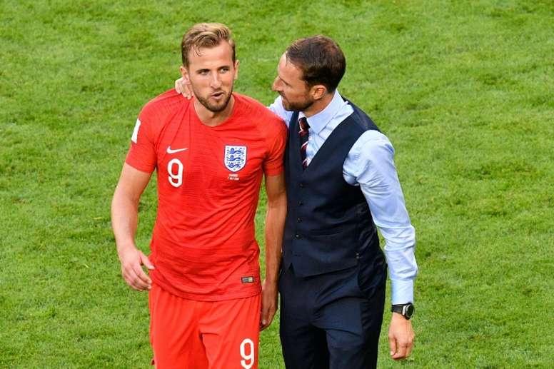 Southgate no se olvida de Kane. AFP
