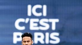 Oferta por escrito por Neymar. AFP