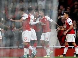 El Arsenal pasa como primero de grupo a dieciseisavos. AFP