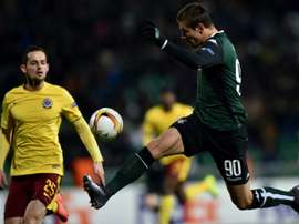 FC Krasnodars forward Fedor Smolov (R), pictured on February 25, 2016, netted either side of a strike by Tomsks Brazilian striker Ari, as Krasnodar got their campaign off to a perfect start with a 3-0 win