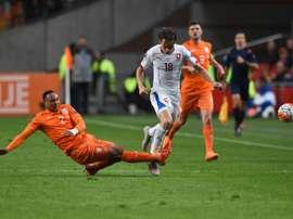 Kenny Tete, lateral derecho del Ajax, ya ha debutado con la selección de Holanda a sus 20 años. AFP