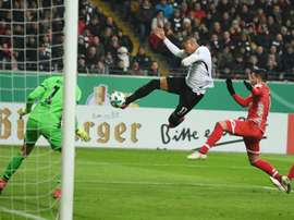 Frankfurt ran out comfortable winners against a sloppy Mainz side. AFP
