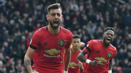 O Manchester United volta a pensar em Champions. AFP