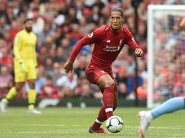 Van Dijk explicou por que foi a Liverpool e não ao City. AFP