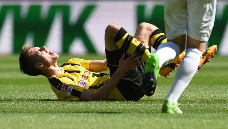Weigl suffers broken ankle. AFP
