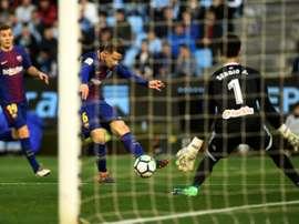 Denis interessa ao Valencia. AFP