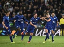 El Leicester solventó con facilidad el choque ante el Watford. AFP