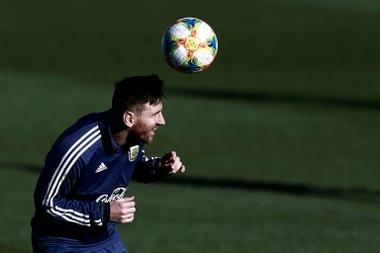 Acosta criticou a postura de Messi na Seleção Argentina. AFP