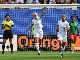 A lot on her shoulders - England look to Houghton to drive World Cup bid.