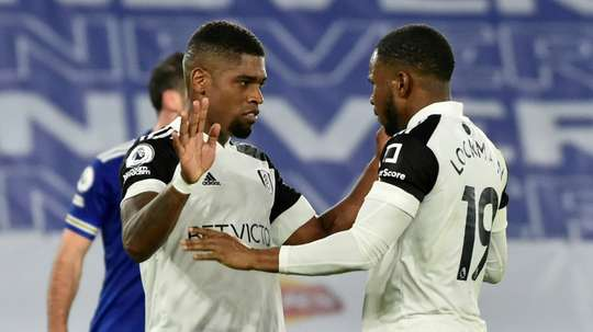 Ivan Cavaleiro (L) scored a penalty as Fulham won 1-2 at Leicester. AFP