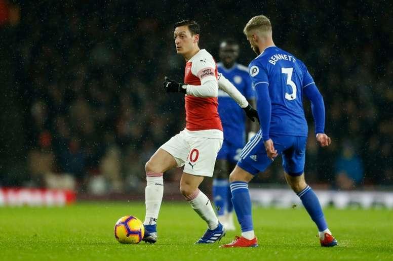 Özil vit un moment délicat. AFP