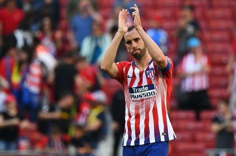 Godín puso punto y final a su etapa en el Atlético de Madrid. AFP