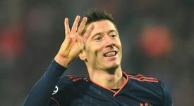 Lewandowski pudo haber fichado por el Genoa. AFP