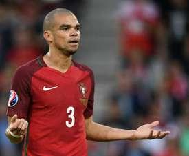Pepe volta mais cedo para o Besiktas. AFP