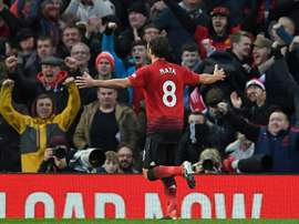 Mata marcó el primero de penalti; Lukaku firmó el segndo y definitivo. AFP