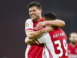 Schalke are hoping to re-sign Klaas Jan Huntelaar (L) from Ajax. AFP