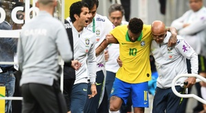 Neymar's frequent injury could cool down Barça's interest. AFP