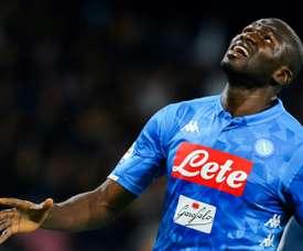 Après Maguire, Manchester United veut Koulibaly. AFP