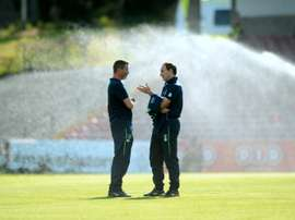 Republic of Ireland manager Martin ONeill (R) and assistant manager Roy Keane (L) . BeSoccer