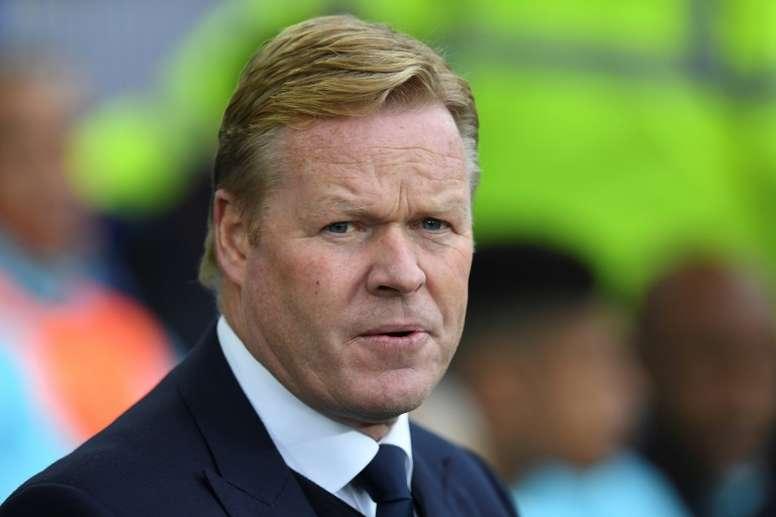 Everton sonde l'ancien entraîneur de Liverpool pour remplacer Koeman. AFP