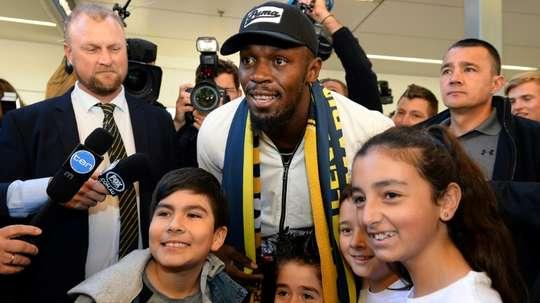 Bolt desató la locura. AFP