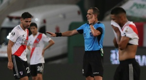 Palmeiras into Libertadores final after VAR thwarts River