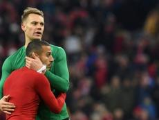 Neuer wants Bayern Munich to keep Liverpool target Alcantara